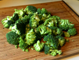 Fresh Cut Broccoli.300x200